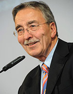 Wissenschaftssoziologe Peter Weingart erkundete für die Akademien das Feld Wissenschaft und Medien.
