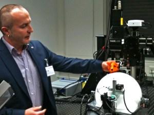 Neuer Ort - neue Laborbesuche: Hier beim Hirnforscher ***