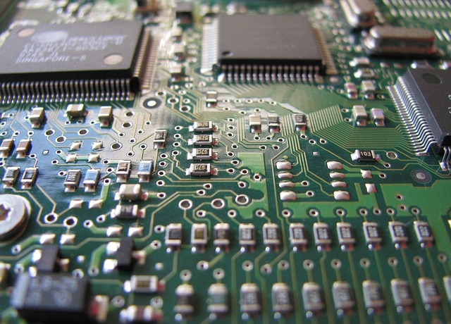 Semiconductor sales reach $35 billion a month for first the time