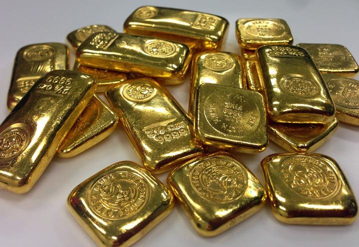 la majorité de l'or présent sur notre chère planète bleu est d'origine extraterrestre