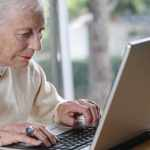 Should Grandma Join Facebook? It May Give Her a Cognitive Boost