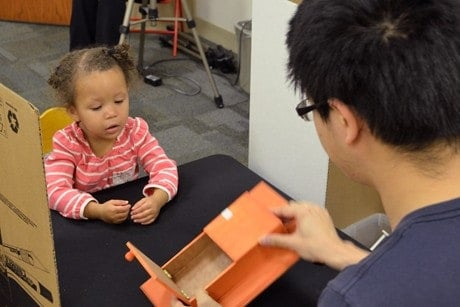 Age changes how young children read social cues