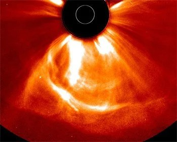 Earth nearly got fried by Sun discharge in July 2012