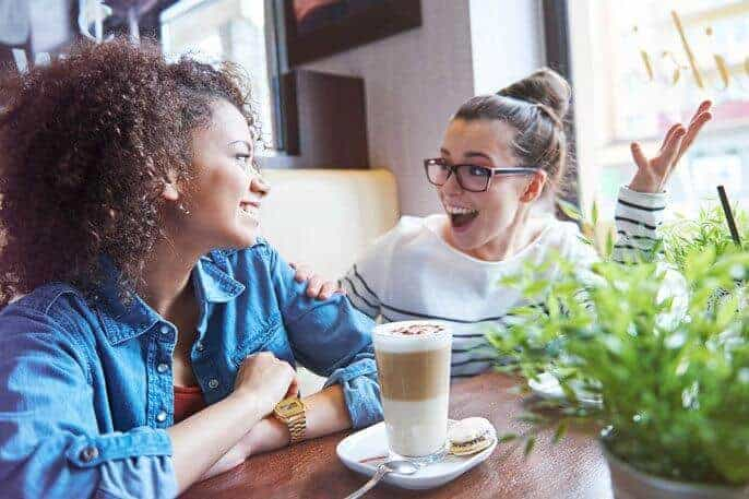 Friends or not? Just a second of laughter can reveal relationship status