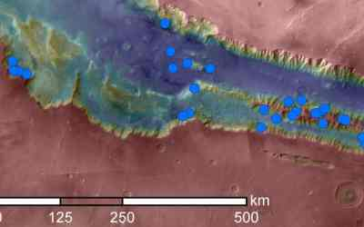 Test for Damp Ground at Mars' Seasonal Streaks Finds None
