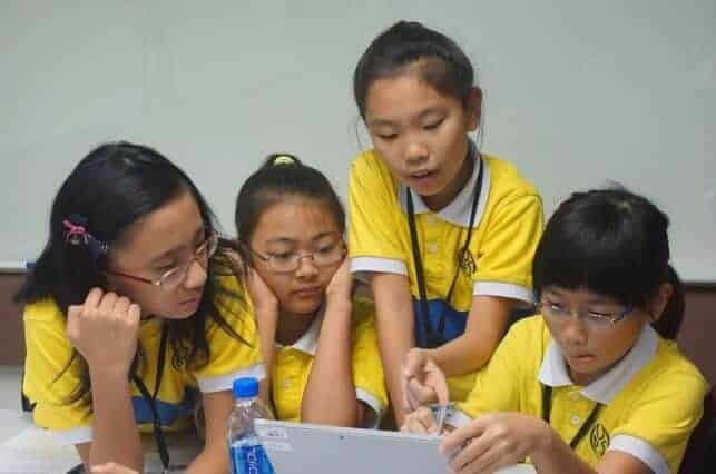 Teaching Hong Kong students to embrace computational thinking