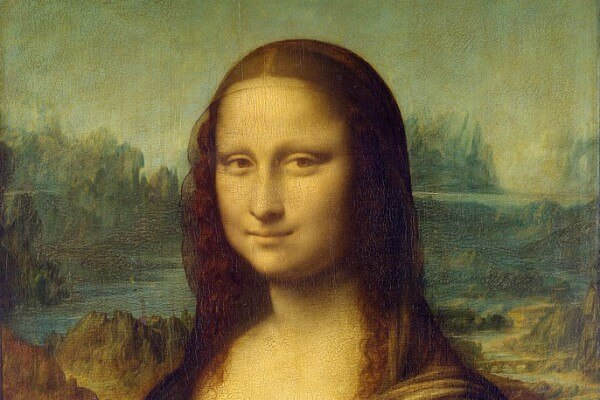 Yes, she's smiling: Mona Lisa's facial expression