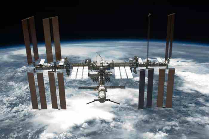 Astronauts experience decrease in blood vessel function during spaceflight