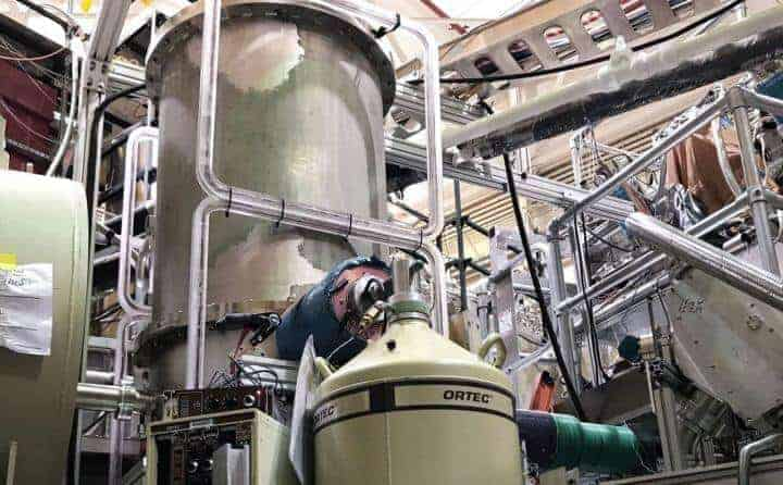 Neutrons measured with unprecedented precision using a 'magneto-gravitational trap'