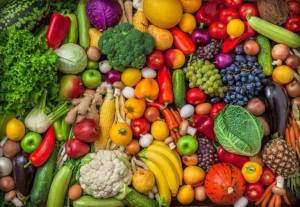 High fruit and vegetable consumption may reduce risk of breast cancer, especially aggressive tumors