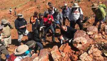 Mars Scientists Investigate Ancient Life in Australia