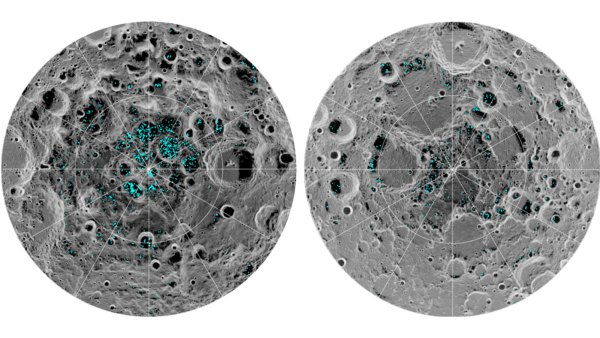 Funde von Wasser durch den Moon Mineralogy Mapper an Bord der indischen Mondsonde Chandrayaan-1. Links die Südpolregion mit tiefen Kratern, bei denen Eis bis in die Mitte nachweisbar ist. Rechts die Nordpolregion, wo sich das Eisvorkommen auf die Nordhänge der Kraterränder beschränkt. Dort geht die Sonne nie auf. Bild: NASA/JPL, gemeinfrei.