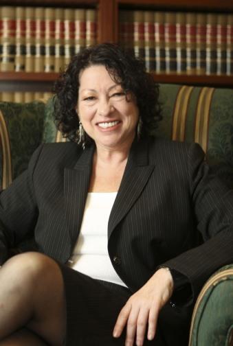 Sonia_Sotomayor_6_sitting,_2009.jpg