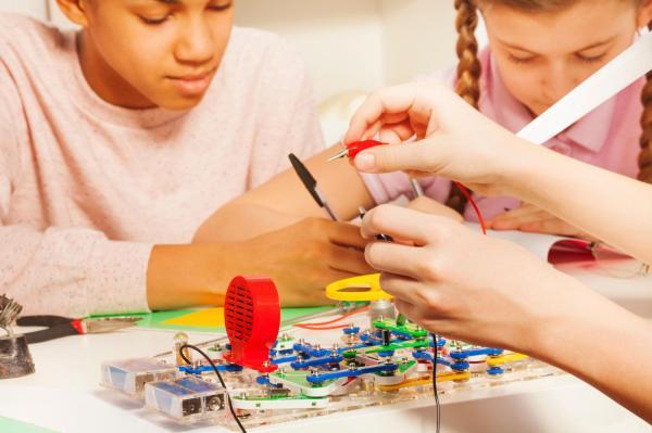 Howard Science Cosmos Center - Birthday Parties Lego