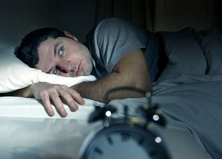 Как пережить бессонную ночь и день после неё. Как не спать всю ночь