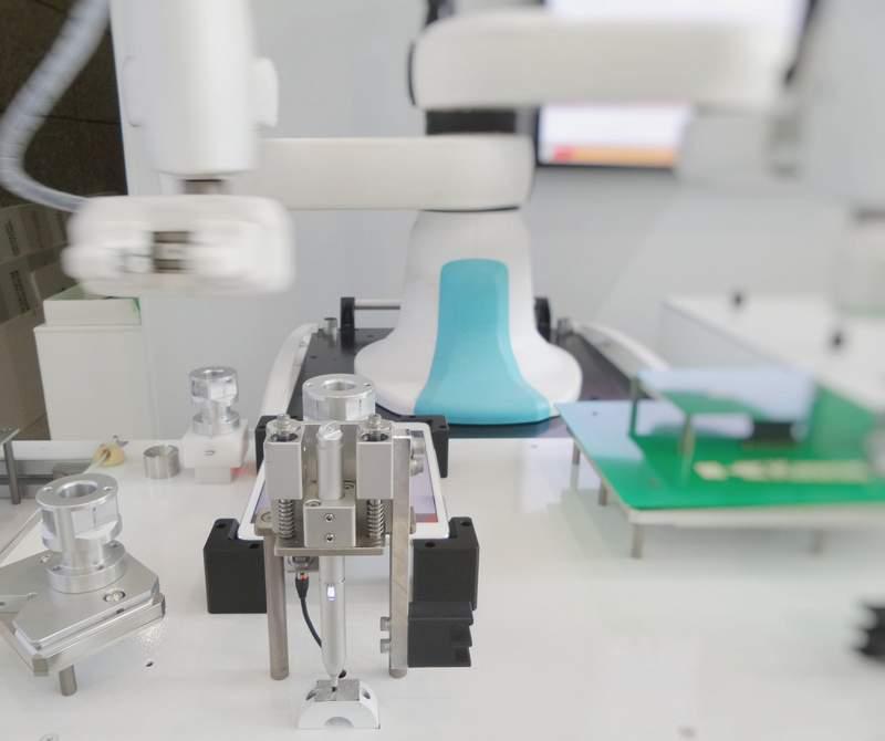 robot help in healthcare