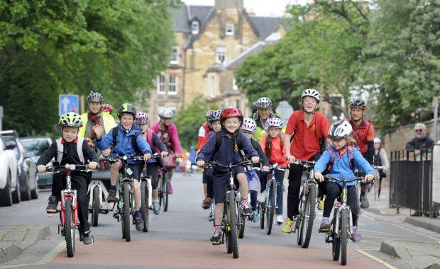 bikelife-sciennesschoolgroup02_0