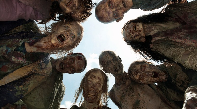 THE WALKING DEAD Returns! So Does Team Zombie! Yay!