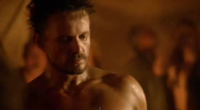 Revolution season 2 - Monroe (David Lyons) as a street fighter