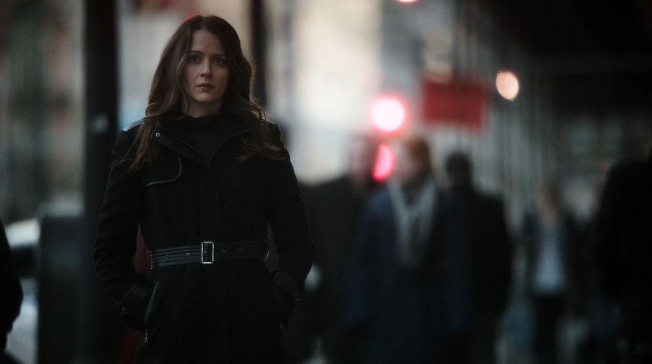 Person of Interest Deus Ex Machina - Amy Acker as Root leaving Shaw