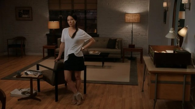 Lucy Liu on Joan Watson's new appartment - elementary s3ep1 review