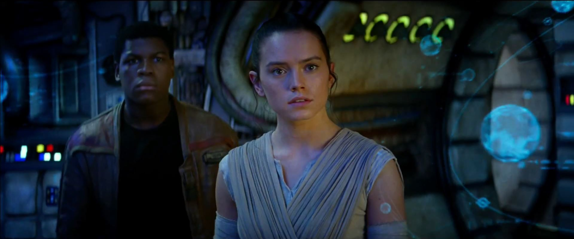 Finn and Rey talk to Han Solo
