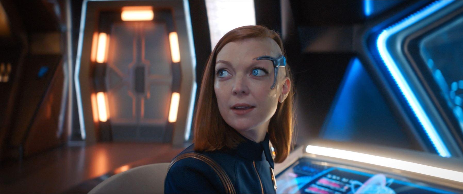 Keyla Detmer (Emily Coutts) - Star Trek Discovery S02E02 New Eden Review