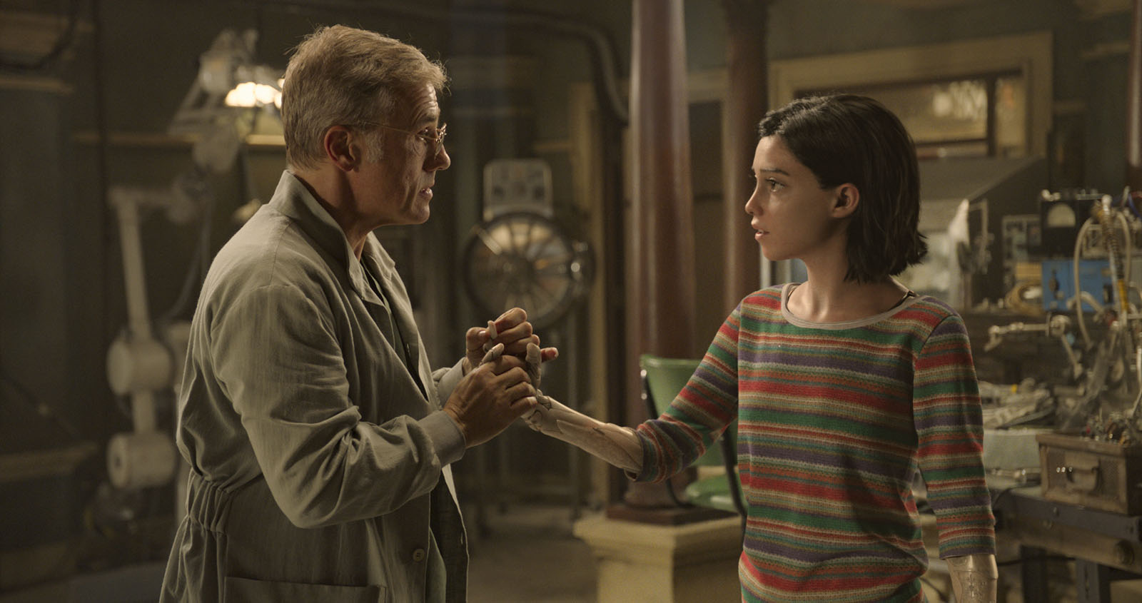 Christpoh Waltz as Dr. Dyson Ido talking to Alita in Alita Battle Angel