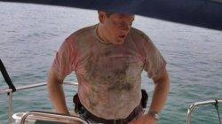 Hammerhead Frenzy: Helden in schmutzigen Shirts! (Und mit Wampe!)