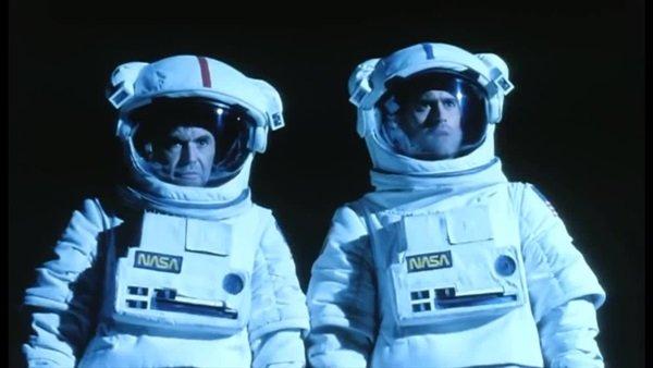 Moontrap: Walter Koenig, Bruce Campbell