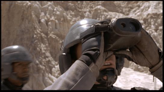 StarshipTroopers_binoculars_01