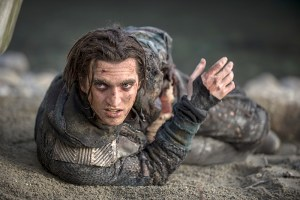 "The 100 -- ""Blood Must Have Blood, Part Two"" -- Image HU216C_0299 -- Pictured: Richard Harmon as Murphy -- Credit: Cate Cameron/The CW -- © 2015 The CW Network, LLC. All Rights Reserved"