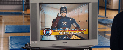 Spider-Man Homecoming - International Super Fun Hero Sneak Peak (4)