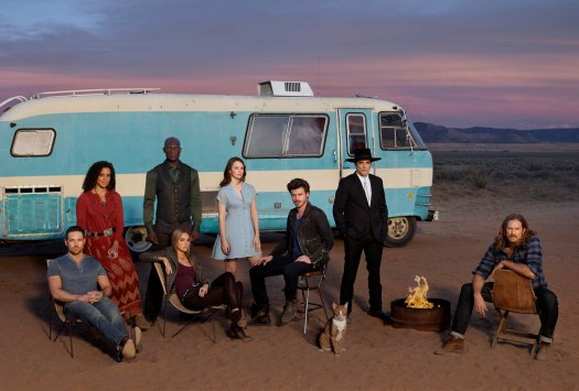 MIDNIGHT, TEXAS -- Season: 1 -- Pictured: (l-r) Dylan Bruce as Bobo, Parisa Fitz-Henly as Fiji, Peter Mensah as Lemuel, Arielle Kebbel as Olivia, Sarah Ramos as Creek, Francois Arnaud as Manfred, Yul Vasquez as Rev. Sheehan, Jason Lewis as Joe -- (Photo by: Virginia Sherwood/NBC)