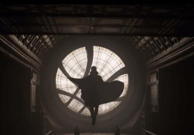 Hey look, it's Doctor Strange in the Thor: Ragnarok international trailer.