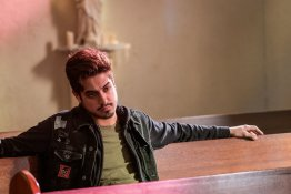 """GHOST WARS -- """"Death's Door"""" Episode 101 -- Pictured: Avan Jogia as Roman Merercer -- (Photo by: Dan Power/Nomadic Pictures Corp./Syfy)"""