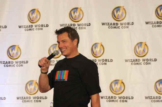 John Barrowman regales the audience with stories about 'Torchwood' and 'Arrow'