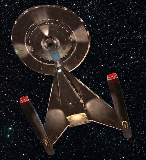 USS Discovery-min