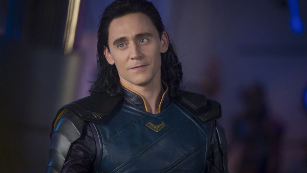 tom hiddleston will return as loki for disney+ streaming series