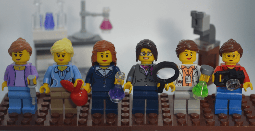 Lego figure representations of each of the six SciMoms.