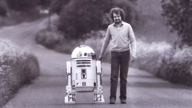 UPDATED: Star Wars R2D2 Creator Tony Dyson To Be Cremated in the UK
