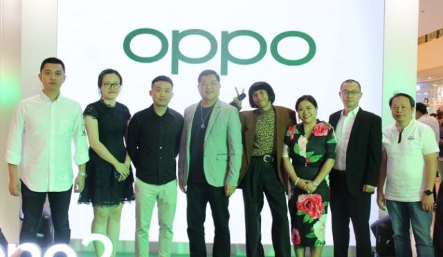 OPPO, Philippines, Super Experience Store, smartphone, China, customer