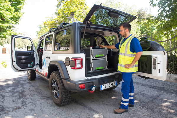 Italgas, the largest gas distributor in Italy and third largest in Europe, now has a fleet 20 Picarro-equipped cars to improve the productivity of their methane leak survey program.
