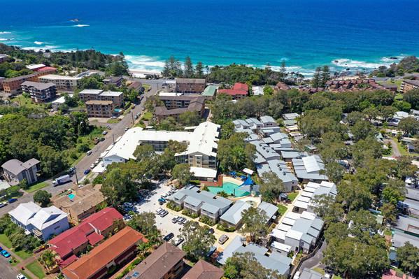Club Wyndham Flynns Beach aerial view