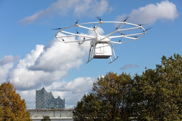 Successful First Public Flight of Volocopter's VoloDrone in Hamburg at ITS World Congress 2021 – Joint Demonstration with DB Schenker