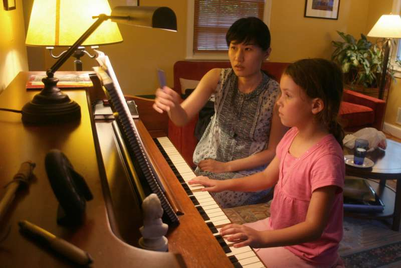 How does music training in early childhood help the developing brain? woodleywonderworks, CC BY