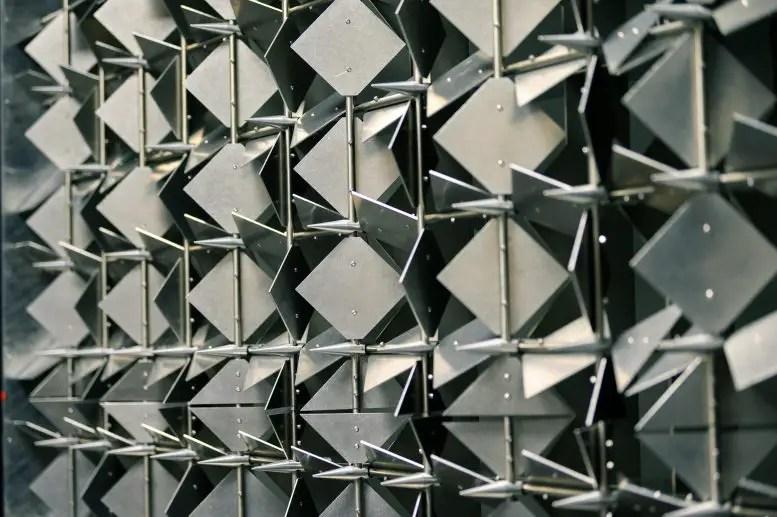 Diamond Shaped Aluminum Plates