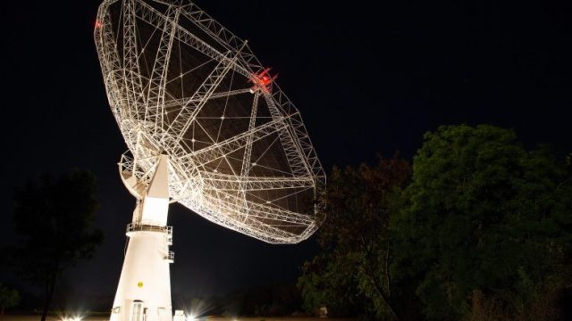 GMRT Antenna at Night