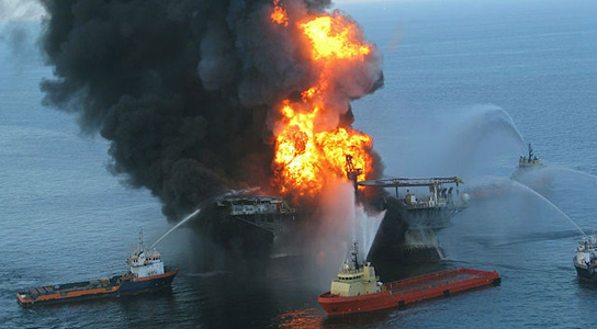 Transocean will help fund Gulf of Mexico science and restoration as part of its settlement of civil and criminal charges related to the 2010 Deepwater Horizon disaster. Credit: Wikimedia