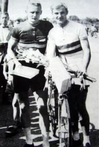 Erling Kristensen t.h. efter et løb sammen med Olaf B. Nielsen, Horsens